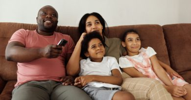 Cuddle up with the kids as you watch your favorite scary Disney films. Our vacation homes come with several T.V.s and living rooms.