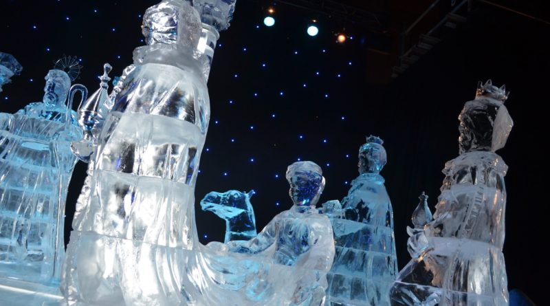 Indoor decorative ice sculptures